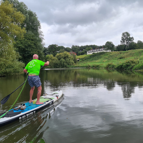 """""""Total novice but with Helen's patience and teaching skills I was paddling on my own by the end of the lesson. Have booked 2nd lesson straight away. Highly recommend."""" - Clive C"""