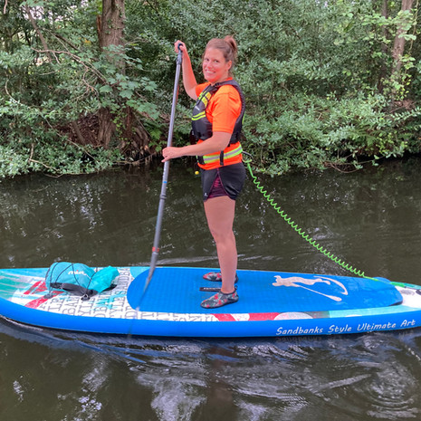 """""""I had a 1:1 lesson with Angela on the Basingstoke Canal in Surrey recently and I thoroughly enjoyed it. Angela was so patient and supportive, teaching me turning techniques and helping me practise lowering myself in the water and getting back on the board. Very reasonably priced - highly recommend!"""" - Carly N"""