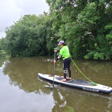 """""""Fantastic lesson with Helen at Teston, we really learnt a lot in the time and enjoyed it so much - I can't wait to go paddleboarding again!"""" - Toni Y"""
