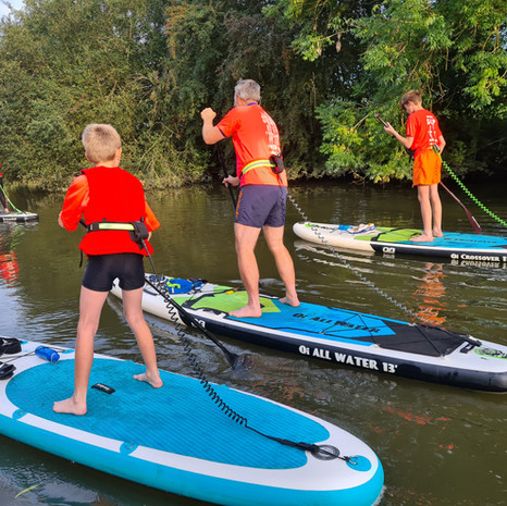 """""""A brilliant intro lesson with Helen at the weekend which the whole family enjoyed. Easy instructions and great encouragement got us up and paddling in no time. A nice, relaxed session and setting. Highly recommended. Great experience we intend building on."""" - Matthew M"""