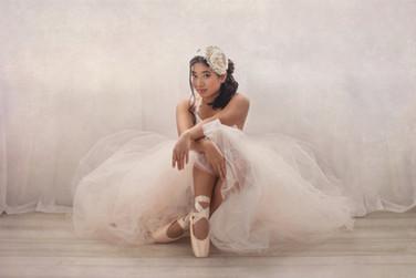 Bridget-Lopez-Senior-Photograph-007.jpg