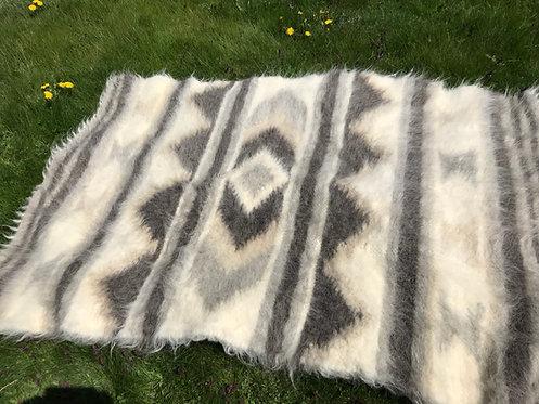 Lizhnyk - Traditional Ukrainian Blanket - 100% wool handmade