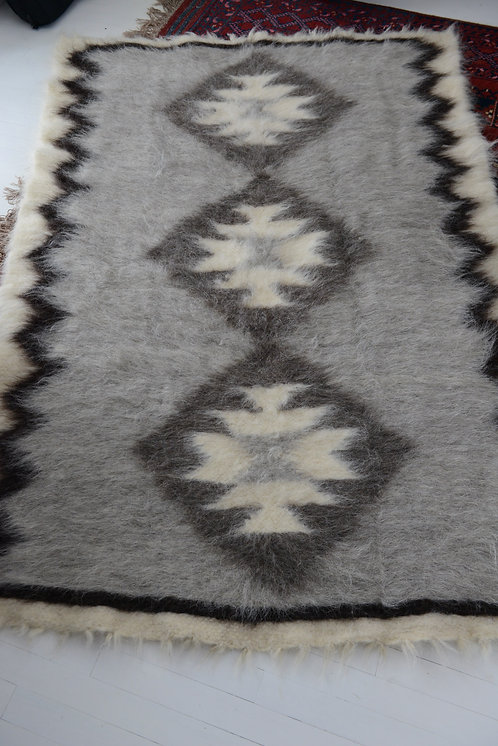 Lizhnyk - 100% wool - traditional Ukrainian blanket