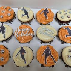 Basketball cupcakes .jpg