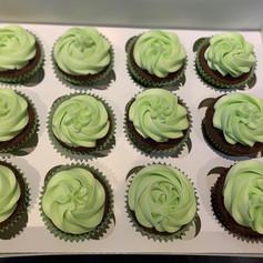 Green mint cupcake .jpg