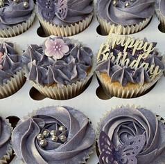 Lilac cupcakes .jpg