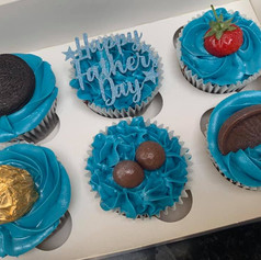 Blue fathers day cupcakes .jpg