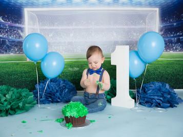 Luka's Soccer Cake Smash