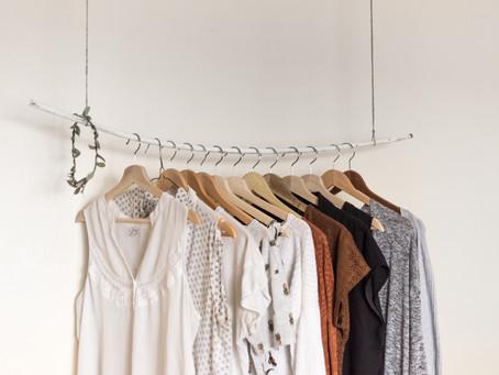 【如何打造只有10件衣服的極簡衣櫃】