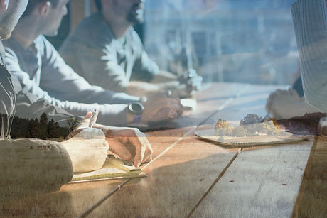 Teamwork%20makes%20the%20dream%20work._e