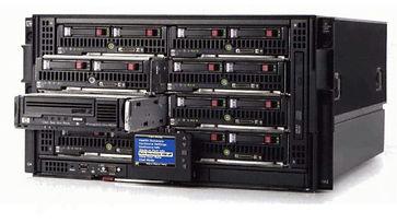 Carcasas HPE BladeSystem c3000  Factor de forma: 6U Soporta hasta 8 servidores BladeSystem