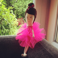 Nora the Ballerina
