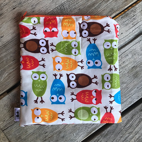Cream Owls Snack Pouch