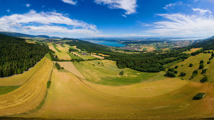 360°-Panorama Bielersee