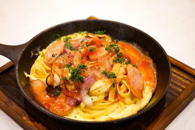 海老出汁とトマトのあんかけパスタ