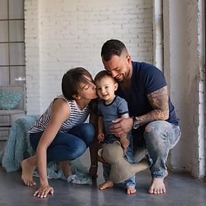 Dominik és kis családja