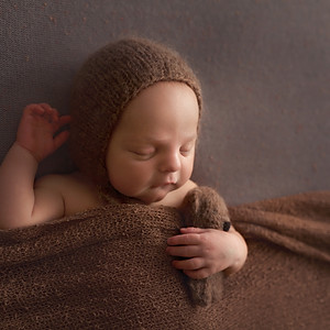 István újszülött sorozata