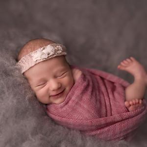 Lili újszülött sorozata