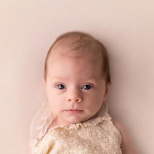 Anna 2 hónapos sorozata