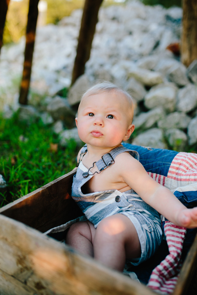 Jax Weakly | S I X Months | Family Session | Hendersonville, TN