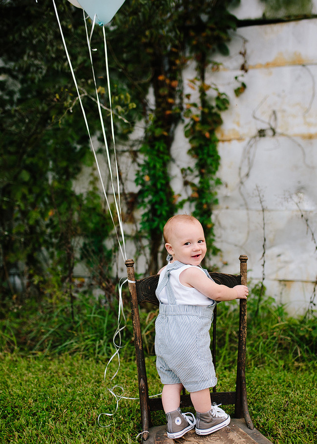 Baby Jameson | One Year Session | An Old Barn Across The Street | Gallatin, Tn