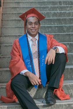 senior grad photos for guys