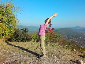 ardha candrasana, gerinc, gerincsérv, egészség, élj harmóniában