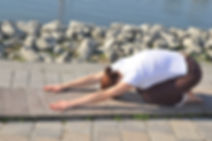 gerincjóga budapest, gerincjóga 6. kerület, gerincterápiás jóga, gerinc jóga, sasankaszana