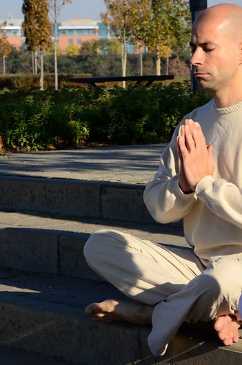 meditáció, meditáció budapest, meditáció tanfolyam, purusa sukta, namaskar
