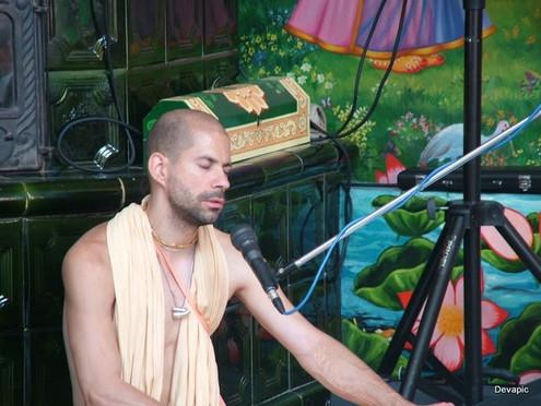 Purusa Sukta Das bhajan