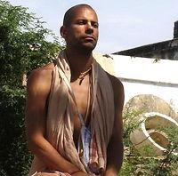Purusa Sukta Das jóga és meditációs oktató, élj harmóniában, lelki béke