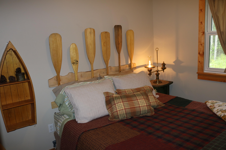 Downstairs bedroom - 1 Queen