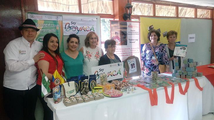 GRUPO DE COLOMBIA EN EL ENCUENTRO ICDP.j