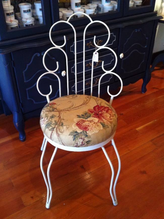 parlour chair.jpg