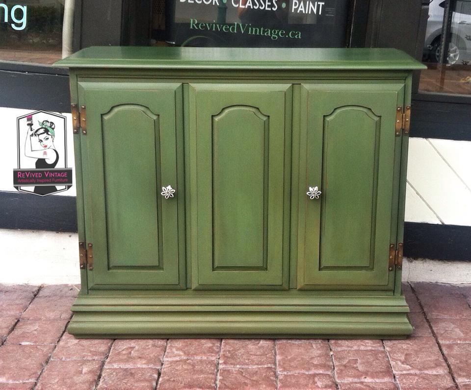 boxwood cabinet 2.jpg