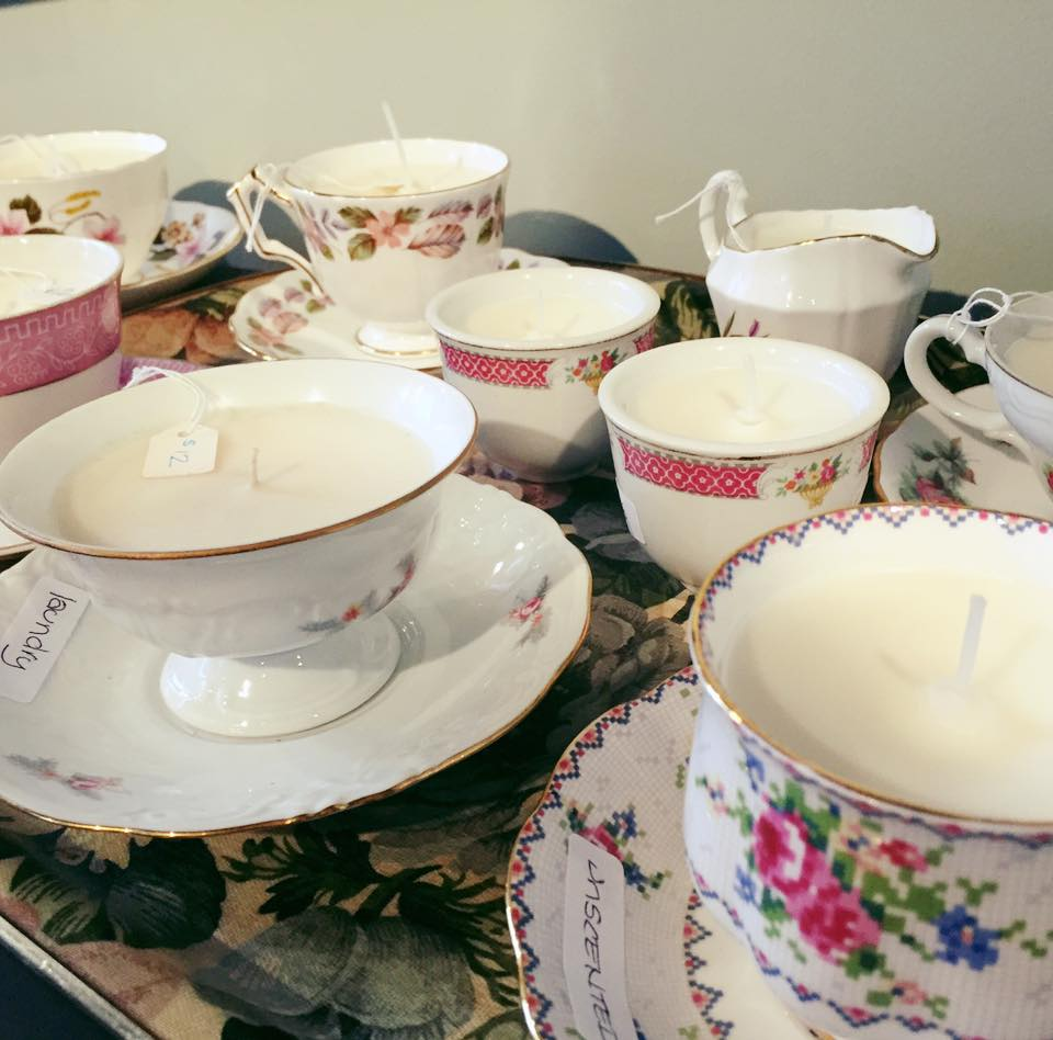Soy candle vintage teacups
