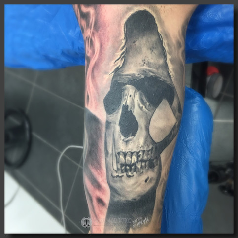 Dead sexy! Inside of upper arm. Done at Fallen Angel Tattoo in Gävle, while I worked there.