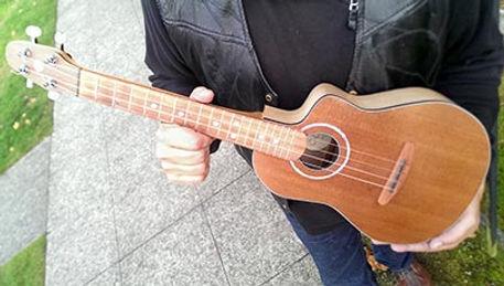 KevinGillies_Oi_UkuleleMain.jpg