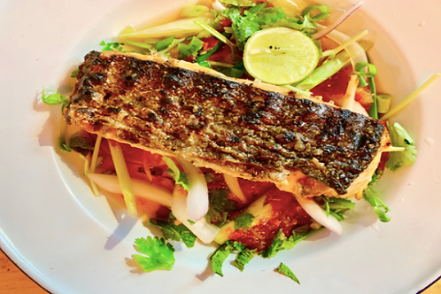 Yang pla  Grilled salmon