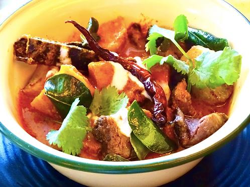 Gaeng Daeng Khmer/ red beef curry