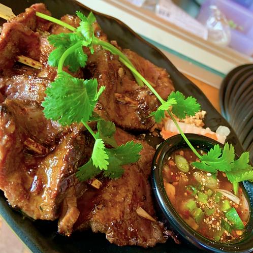 Satay Neua / Beef satay