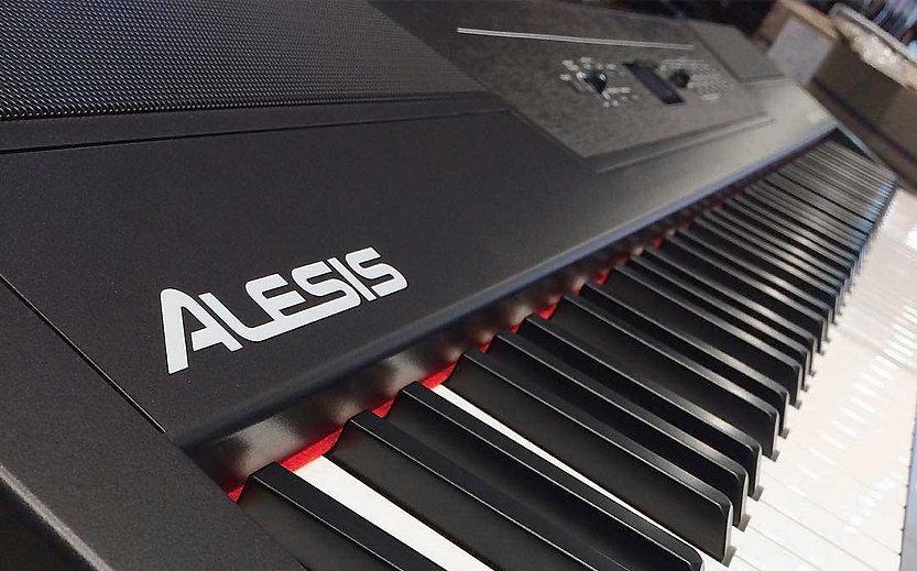 alesis-recital-pro-keyboard-side.jpg