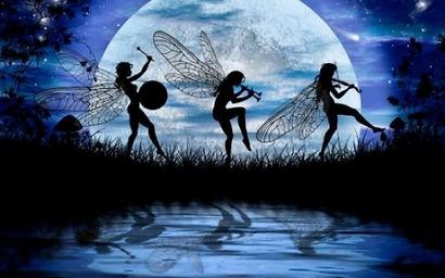 Three-Muses blue moon.jpg