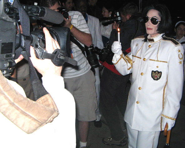 MJ and paparazzi