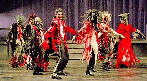 Thriller group photoshoot with DevasMJ