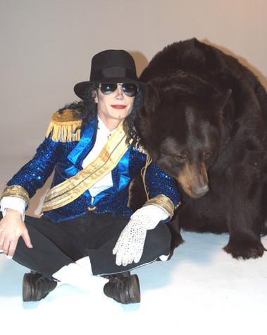 MJ & Bear love