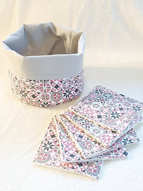 Lingettes motifs roses/gris x10 et panier