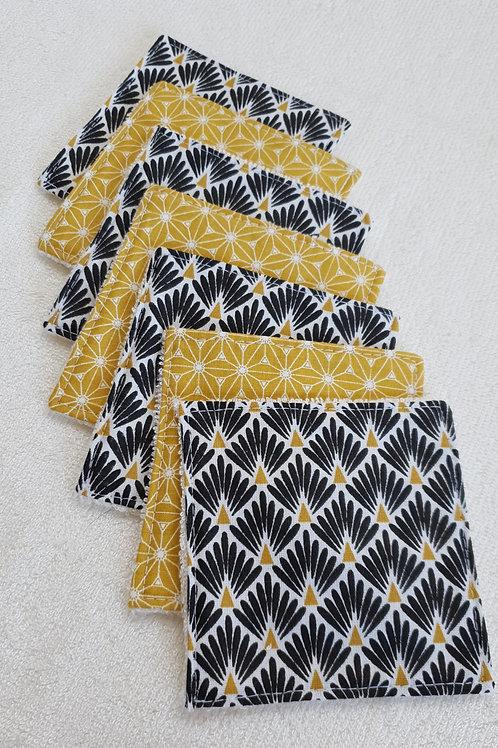 Semainier de lingettes Fuji moutarde et paons noirs