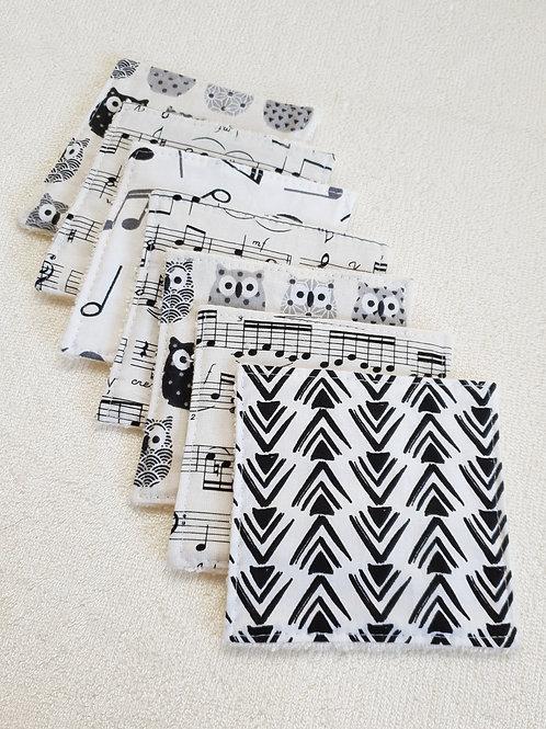 Semainier de lingettes assorties noires et blanches