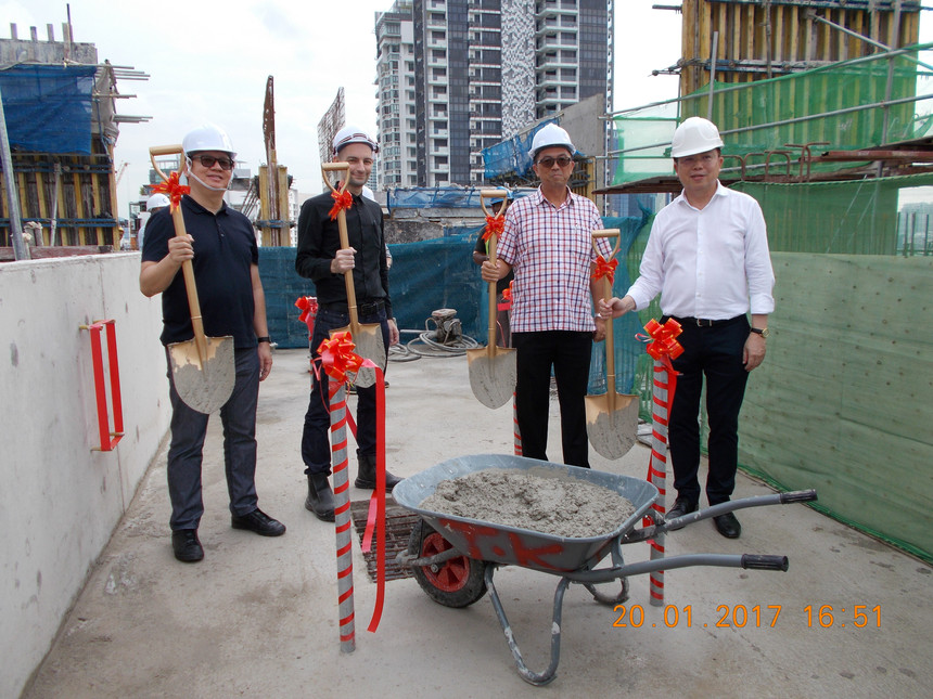 Topping Out Ceremony marks milestone for VIIO @ Balestier